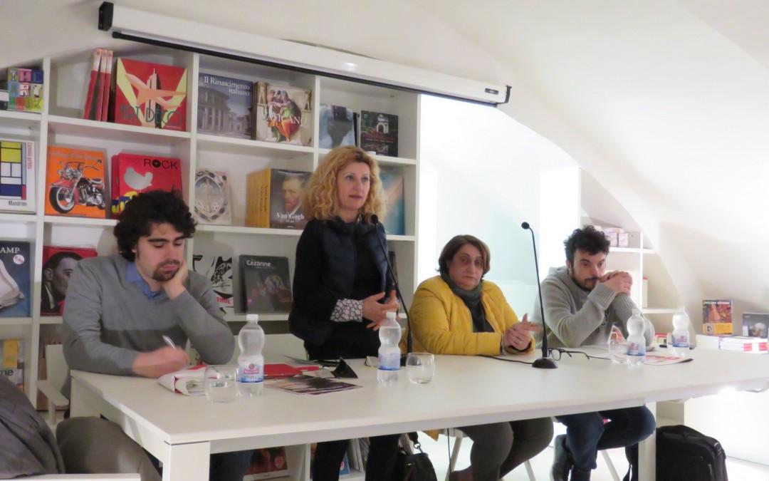 """""""Legalità e lotta alla mafia"""" con la collega Rosaria Capacchione"""