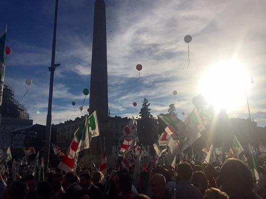 Roma, Piazza del Popolo per il sì