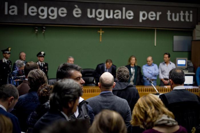 Camorra: senatori Pd, normale revoca sospensione Santonastaso?